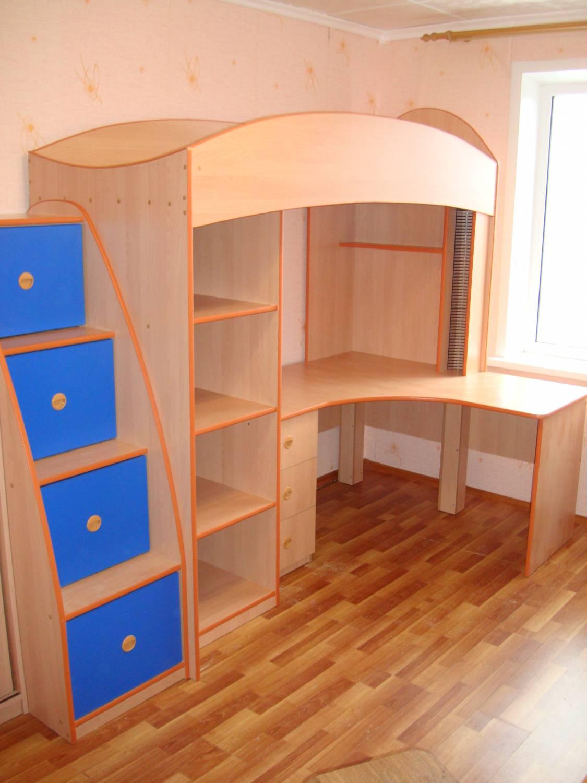 Детские кровати и детские столы